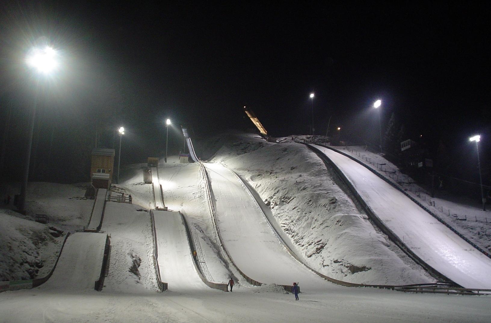 Adler-Skistadion Winter Nacht